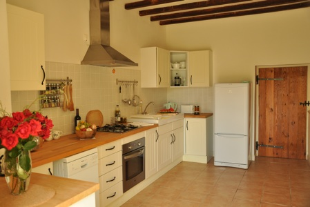 Orchard Cottage kitchen (1)