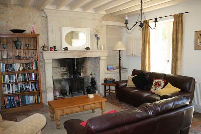 Orchard Cottage lounge (1)